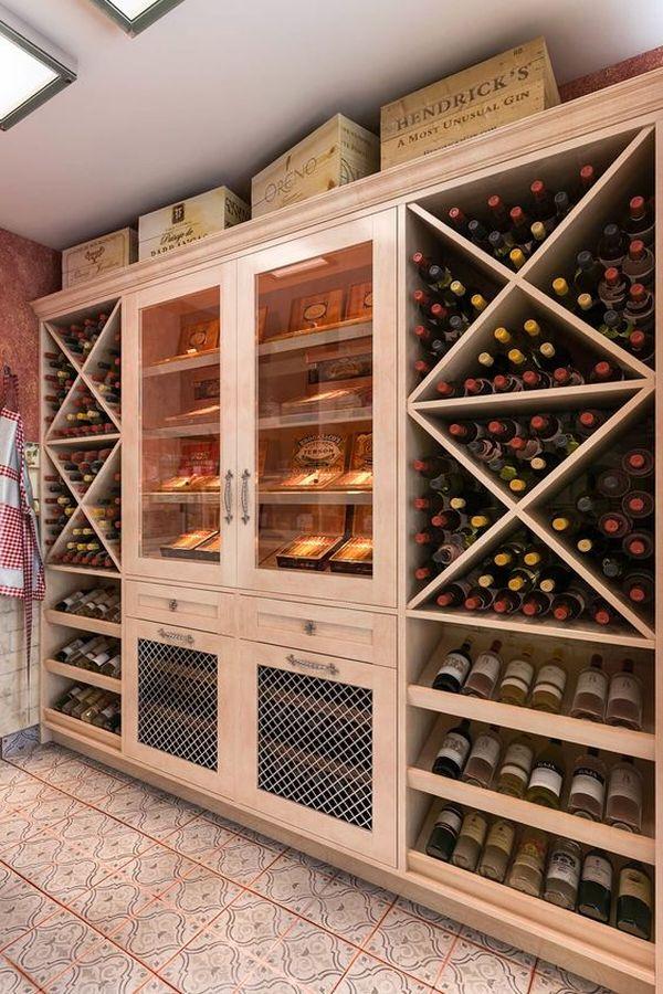 Mẫu tủ rượu bằng gỗ tự nhiên: Thường được sử dụng các loại gỗ có chất lượng cao, tính thẩm mỹ tốt như gõ đỏ, căm xe…