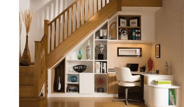 Tủ sách trang trí dưới gầm cầu thang - M4