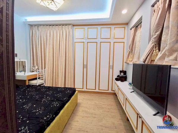 Tủ âm dành cho tường phòng ngủ đẹp sang trọng - M9